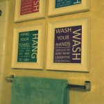 DIY: Cheap Bathroom Decor